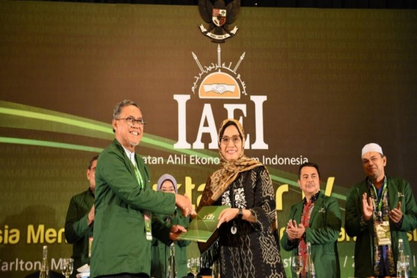 Sri Mulyani terpilih menjadi Ketua Umum IAEI secara Aklamasi