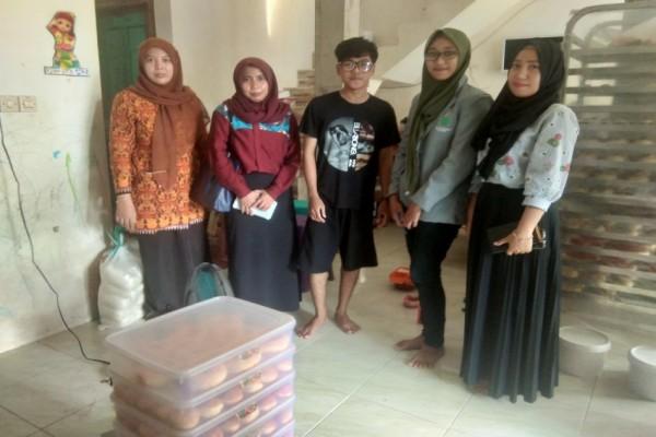 Memvalidasi Teori dengan Lapangan: Studi Lapangan Mahasiswa ekonomi Syariah STEI KASSI di Primaroti
